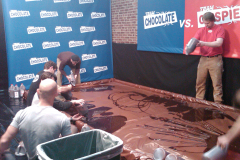 Nestle's Team Crunch vs. Team Chocolate final face off