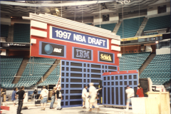 NBA-installation-of-the-set-